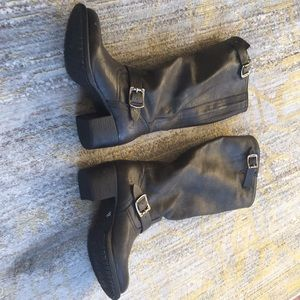 Frye anthracite gray boots